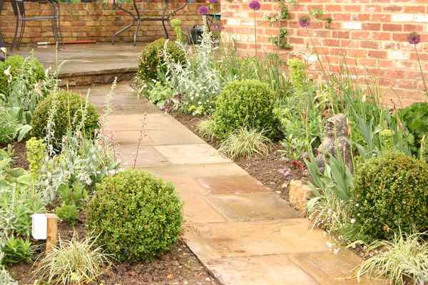 Wadhurst east sussex elemental designs for Garden design east sussex