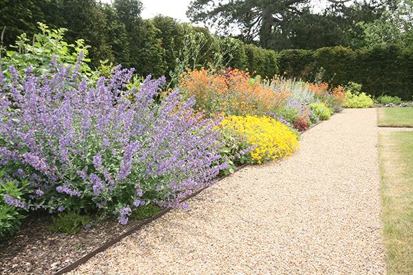 garden design kent herbaceous border - Garden Design Kent